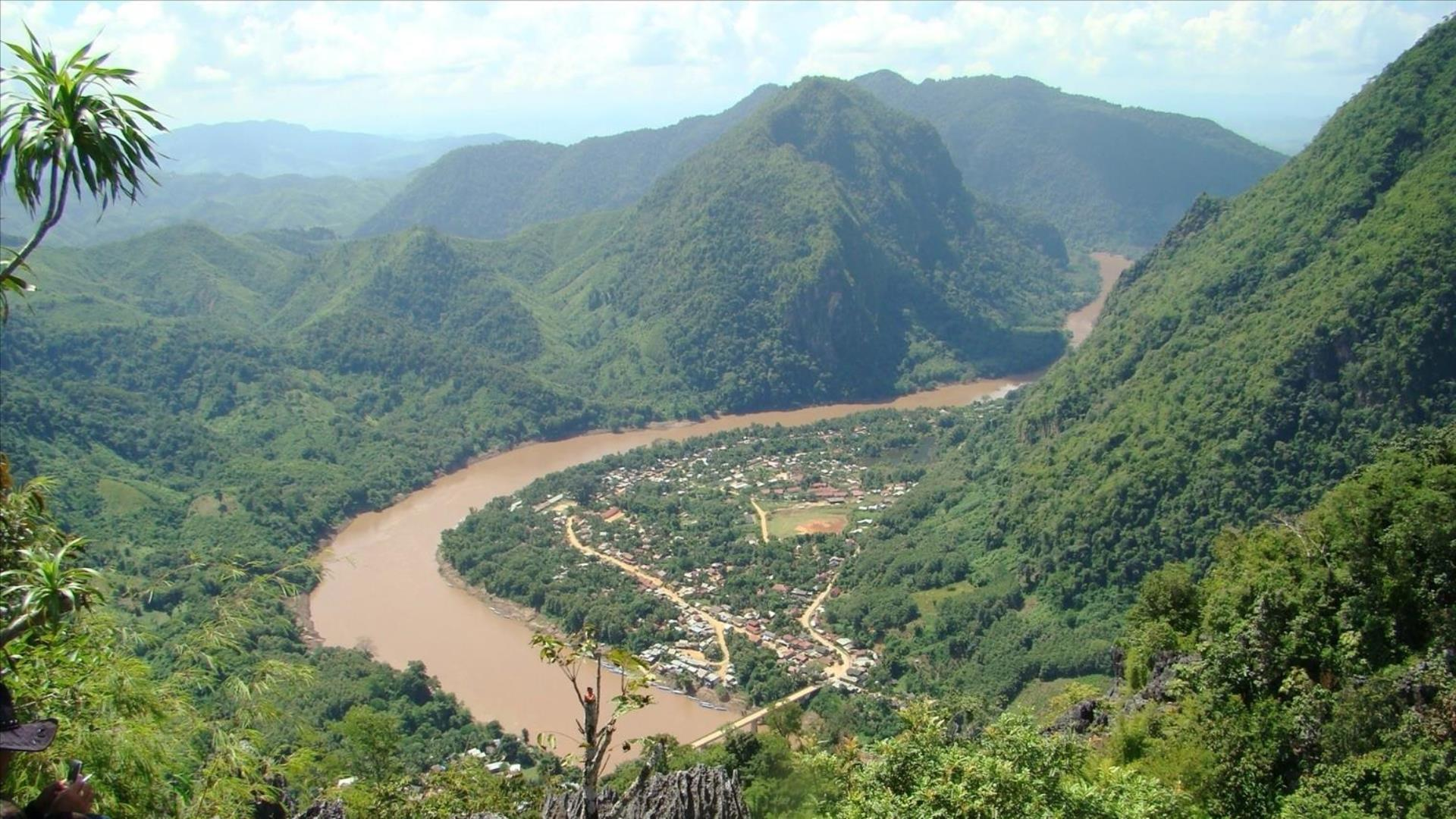 Laos, Luang Prabang – Nong Khiaw: Bike, Trek, Kayak, Caves, Waterfall, Hilltribe, & River Explorer - 5 Days | Ultimate Active Northern Laos Adventure