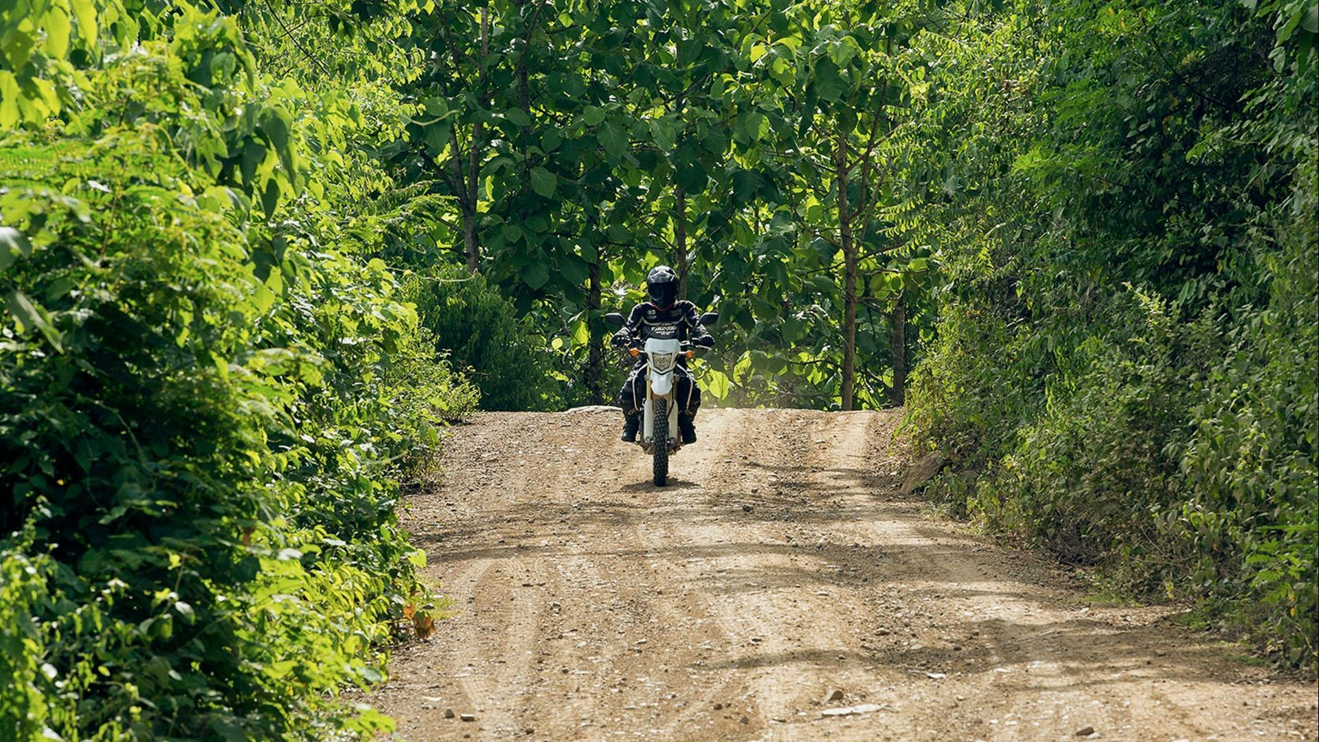 Laos, Luang Prabang – Nong Khiaw: Nong Khiaw Motorcycle Expedition - 2 days | A journey through mountains, caves & beautiful villages