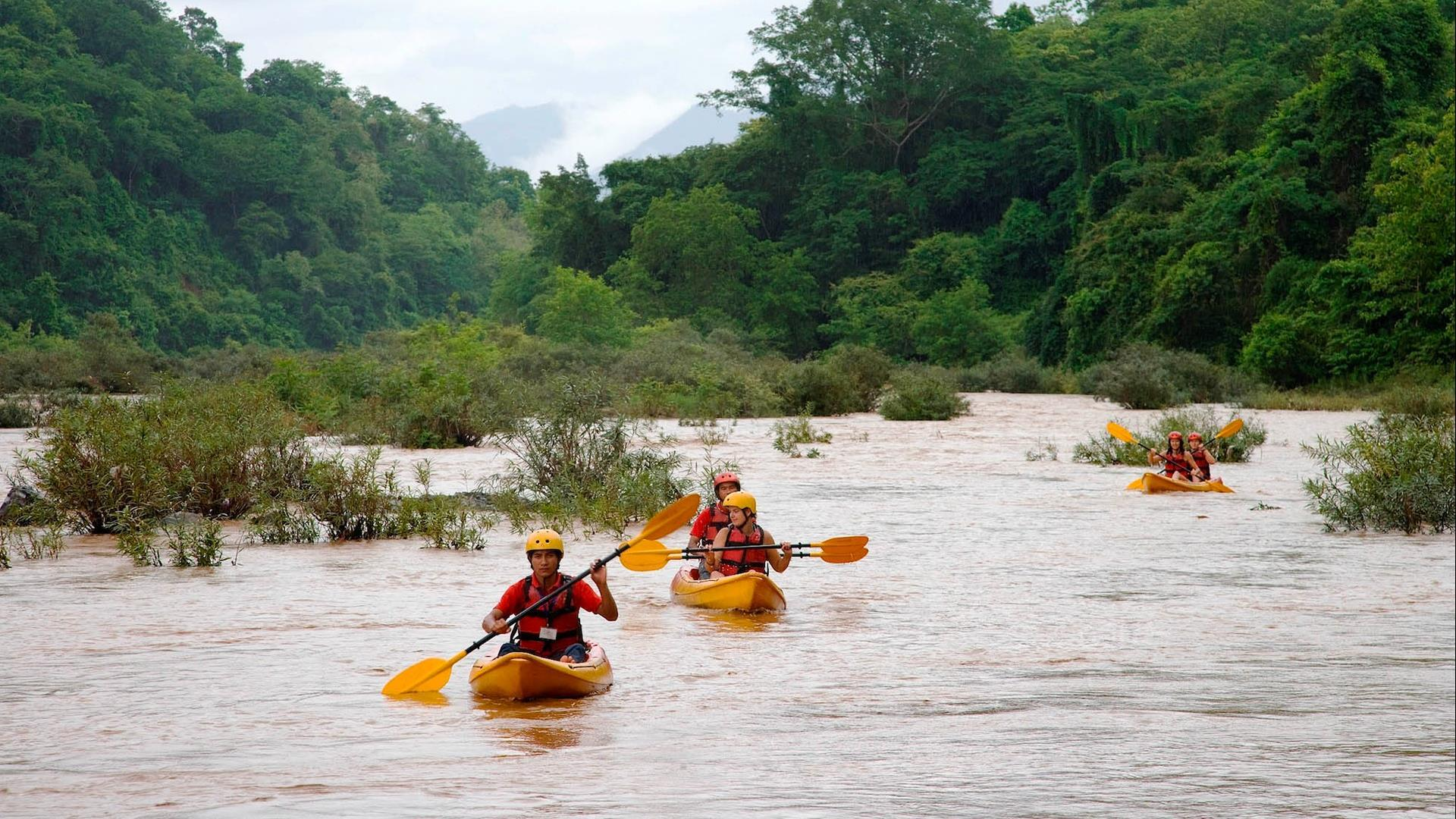 Laos, Luang Prabang : Nam Ou River Kayak Excursion  -1 Day | Whitewater Kayaking on the Nam Ou River
