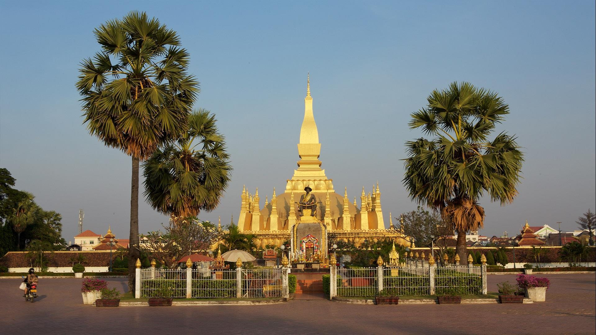 Laos, Luang Prabang – Vientiane: 7 Day Classic Cycling Tour - 7 Days | For the cyclist who appreciates a combination of cycling and comfort