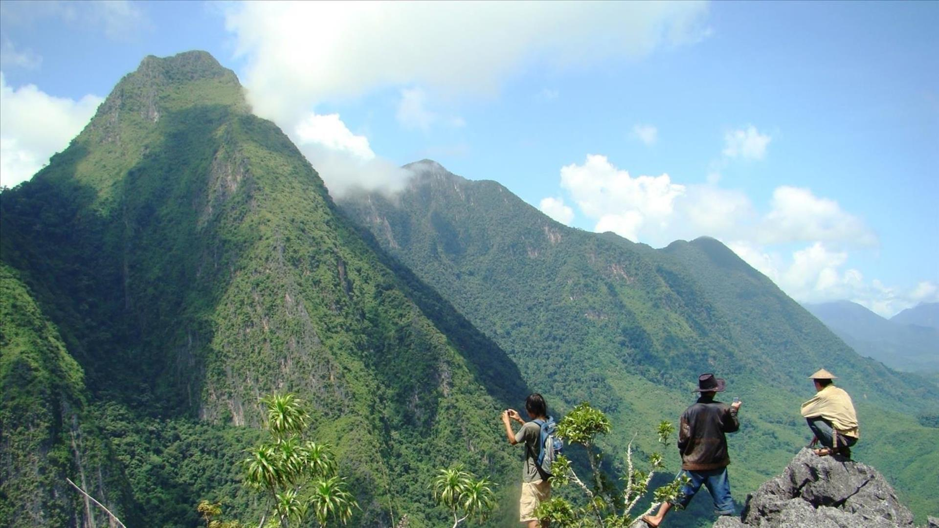 Laos, Nong Khiaw : Mountain View Tour -Half Day | Nong Khiaw Mountain View Hiking Tour