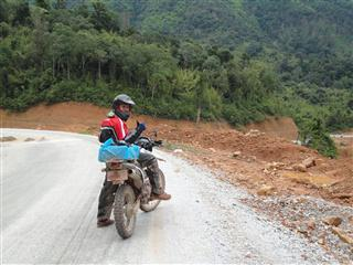 Motorbike adventure in Laos, guided tour