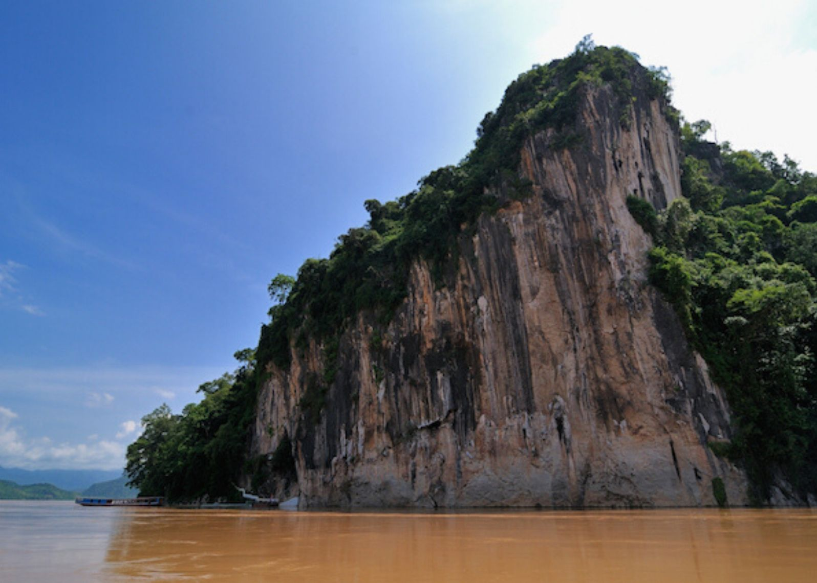 Nava Mekong Lunch Cruise Pak Ou Caves